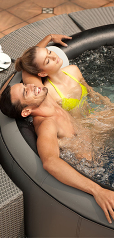 Perth  couple in Spa pool