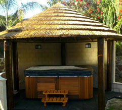 5 post thatch african gazebo