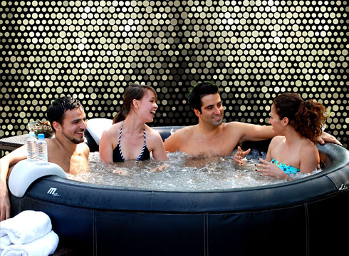 6 person inflatable spa